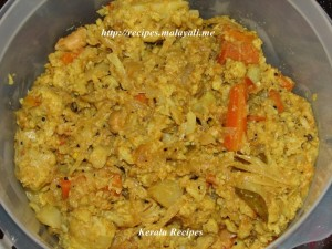 Mixed Cauliflower Carrot Thoran